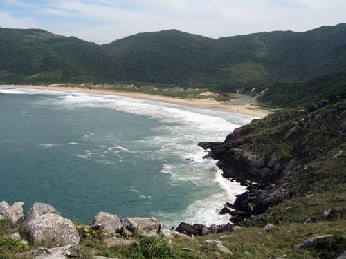 http://floripaadventure.com/wp-content/uploads/2008/12/lagoinha-do-leste-floripa.jpg